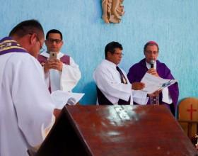 Padre Valdênio toma posse como pároco da paróquia Bom Jesus do Abunã, no interior do Acre