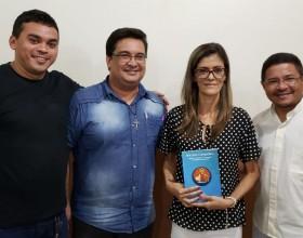 Alunos da FADISI apresentam monografias para conclusão do curso de Teologia