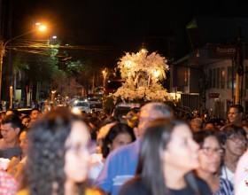 Amor e devoção: Milhares de devotos vão às ruas de Rio Branco  para participar do Círio de Nazaré