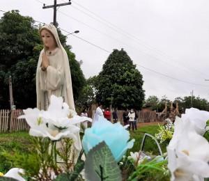 Quase Paróquia Nossa de Fátima realiza carreata para celebrar a Festa de sua padroeira