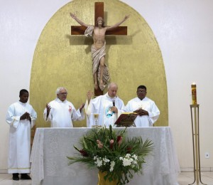 Celebração da festa religiosa da paróquia Cristo Libertador